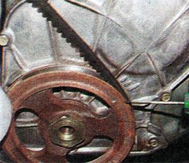 Метка верхней мертвой точки (ВМТ) первого цилиндра