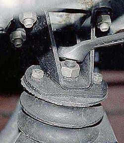 Подушка крепления двигателя ваз 2101-2107